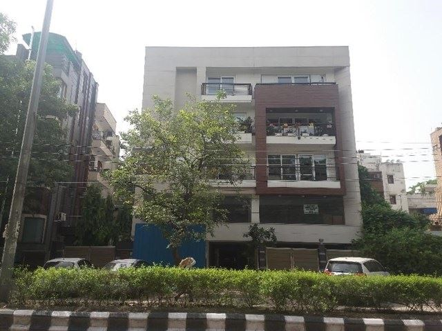 E 225 Kailash Colony.jpg